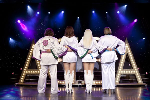 abba onstage2